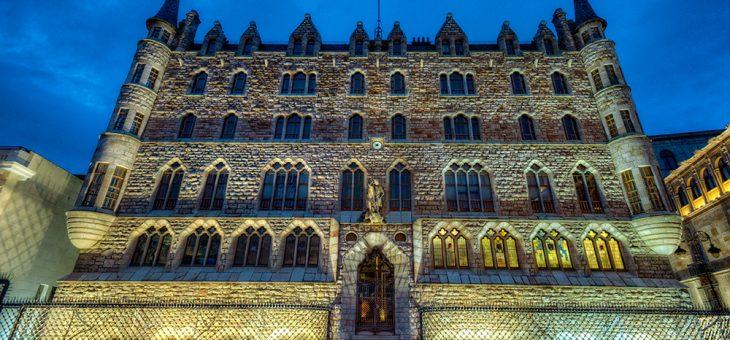 Casa Botines, la genialidad de Gaudí en León