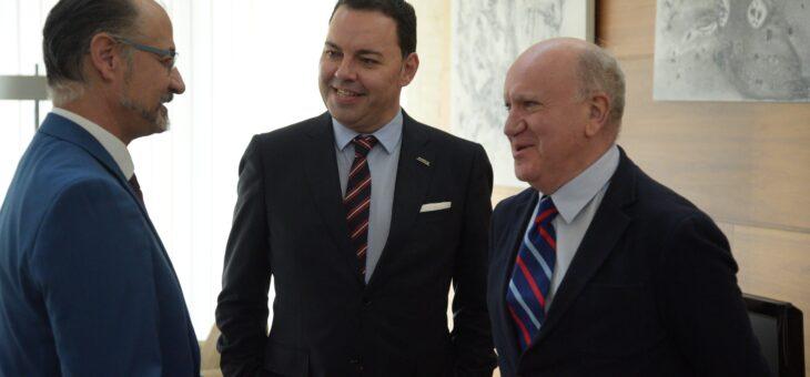 La Fundación FUNDOS y las Cortes de Castilla y León estrechan lazos de colaboración